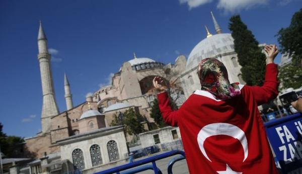 Η Αγία Σοφία μετατράπηκε σε τζαμί τον Ιούλιο του 2020