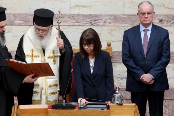 Η Κατερίνα Σακελλαροπούλου ορκίζεται Πρόεδρος της Δημοκρατίας