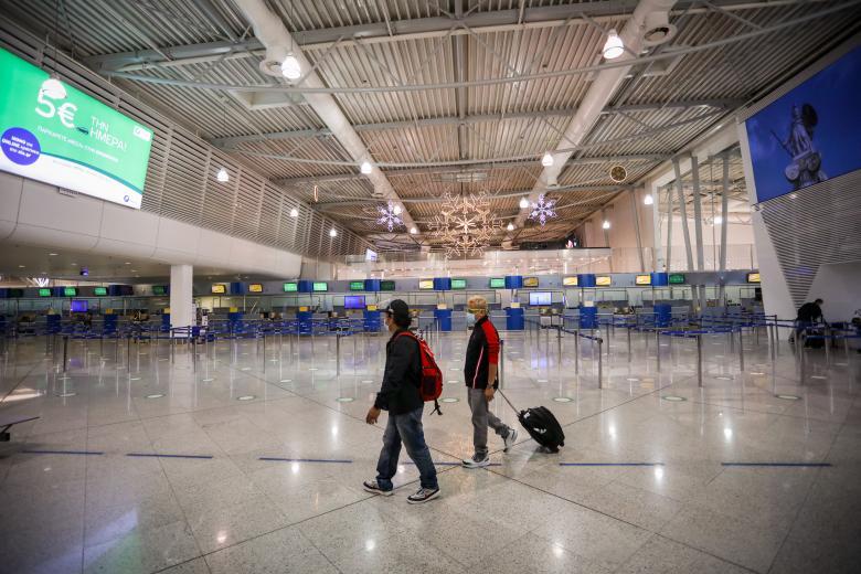 Κορονοϊός:  Καραντίνα 10 ημερών για όσους ταξιδεύουν από την Μ. Βρετανία